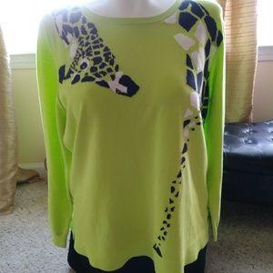 Light weight woman's sweater